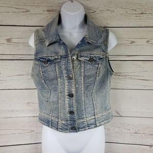 MUDD sleeveless denim button up crop jean jacket